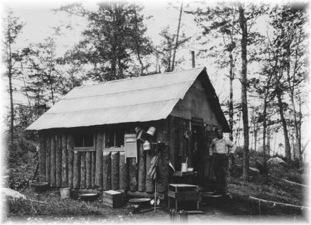 Observer's cabin on Cat Mountain - c. 1913